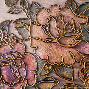 аппликация с цветами и ручная роспись
