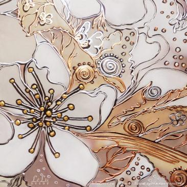 фрагмент картины с цветком вишни