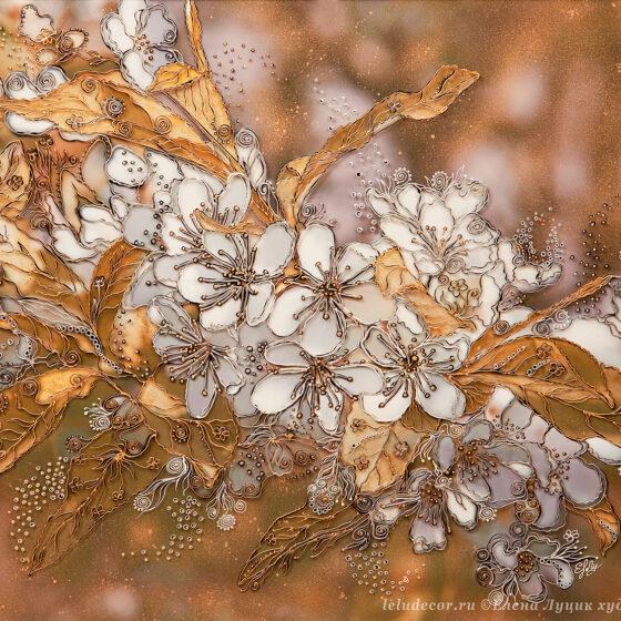 декоративная картина, цветы вишни в золотистом цвете