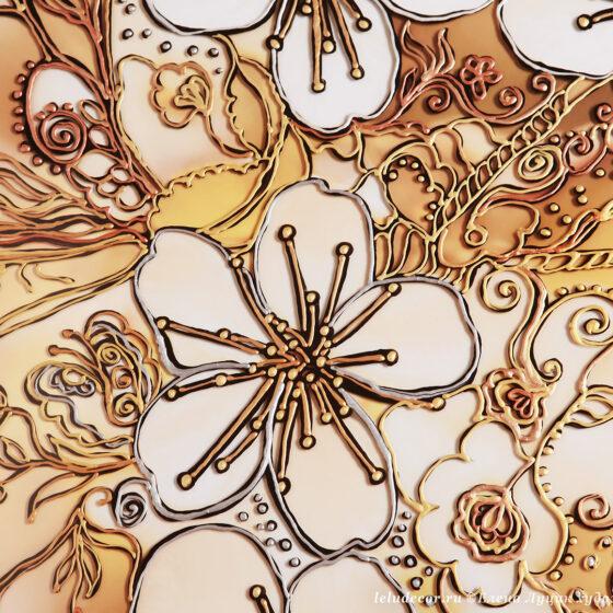 Фрагмент декоративной картины с цветущей вишней