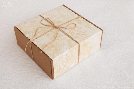 коробка подарочная для декоративной композиции из сосновых шишек