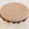 Основа декоративного подсвечника сделана из джутового крученого каната